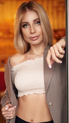 Katerina Kharkiv 677326