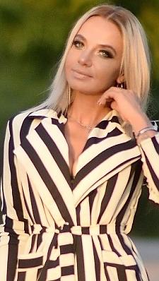 Nataly Kharkov 855401